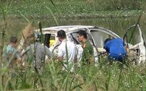 1 phụ nữ Hàn Quốc nghi bị sát hại, cướp của ở quận 7 rồi đốt xe hơi