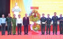 Bí thư Nguyễn Thiện Nhân thăm Trung đoàn Gia Định