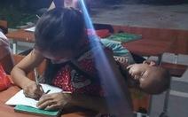 Em ngủ cho ngoan để mẹ học chữ