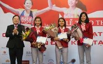 Quỹ hỗ trợ tài năng trẻ Việt Nam trao thưởng 350 triệu đồng cho đội tuyển điền kinh