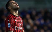 Video: Hàng thủ kém, AC Milan bị Atalanta 'vùi dập' tới 5 bàn không gỡ