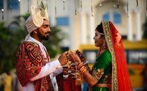 Doanh nhân chi tiền làm đám cưới cho 271 cô dâu mồ côi cha