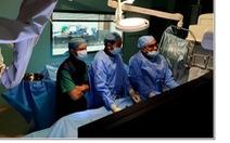 Lấy huyết khối qua đường động mạch cứu bé gái 3 tuổi bị đột quỵ