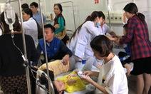 Hàng chục học sinh mầm non nôn ói, phải đi cấp cứu sau bữa trưa