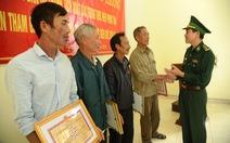 Quảng Nam khen thưởng người dân vụ nhặt 26 bánh ma túy dạt biển