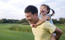 Bố đơn thân dạy con sao cho tốt?
