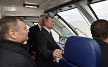 Tổng thống Nga khai trương tuyến xe lửa nối Crimea