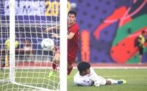 U22 Việt Nam - Thái Lan (hiệp 1) 1-2: Tiến Linh rút ngắn tỉ số