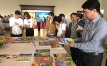 Lãnh đạo sở biên soạn sách, nhận tiền của NXB, các trường ở TP.HCM chọn sách ra sao?