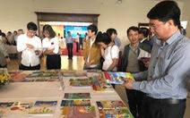Chỉ phê duyệt sách giáo khoa tiếng Anh có chủ biên người Việt Nam