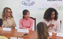 Xem ảnh bà Obama, siêu sao Julia Roberts, Ngô Thanh Vân ở Long An