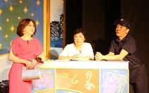Sài Gòn vui tết với kịch và sách