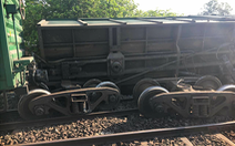 Thông đường sắt Bắc - Nam qua Bình Thuận sau 7 giờ tê liệt