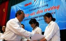 Tiếp sức cho những giấc mơ blouse trắng
