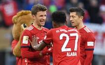 Thắng sít sao Hertha Berlin, 'Hùm xám' san bằng điểm số với Dortmund