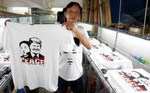 Phóng viên quốc tế đưa tin thượng đỉnh Trump - Kim du lịch miễn phí