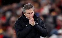 Leicester sa thải HLV Claude Puel sau trận thua đậm Crystal Palace