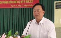 Chủ tịch huyện không có bằng đại học nghỉ hưu trước tuổi
