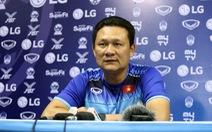 HLV Nguyễn Quốc Tuấn 'trách' trọng tài điều khiển không tốt