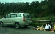 Lần thứ tư xuất hiện hình ảnh ngồi ăn trên cao tốc Nội Bài - Lào Cai