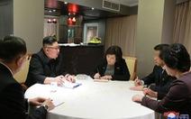 Báo Triều Tiên đăng tải ảnh bàn bạc đàm phán của ông Kim Jong Un