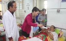 Chủ tịch Quốc hội thăm, tặng quà Tết tại tỉnh Tiền Giang