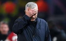 HLV Mourinho đóng 2,2 triệu euro để không ngồi tù 12 tháng