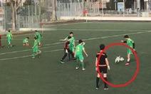 Video hài hước: 'Cẩu tặc' đại náo giải bóng đá Thổ Nhĩ Kỳ
