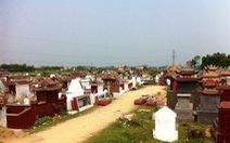 Khởi tố một loạt cán bộ phường bán cả đất nghĩa trang