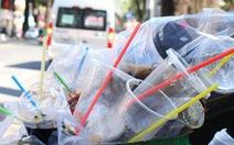 Việt Nam tính toán lộ trình cấm nhựa dùng một lần