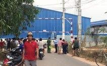 Bám theo xe container tông đổ cây xanh bỏ chạy, bảo vệ bị rớt tử vong