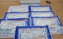 10 người Việt ở Hàn Quốc bị bắt vì mua giấy tờ giả