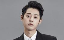 Seungri và Jung Joon Young bị tố phát tán clip sex quay lén