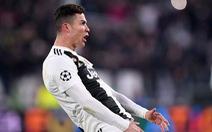 Video Ronaldo ăn mừng, chọc ngoáy HLV Simeone