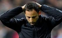 Schalke 'trảm' HLV Tedesco sau thảm bại 2-10 trước 'Man xanh'