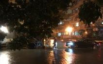 Chủ xe Mercedes kiện bồi thường gần 1 tỉ đồng vì bị ngập nước
