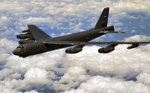 Mỹ lại điều 2 chiếc B-52 thách thức Trung Quốc ở Biển Đông