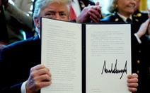 Ông Trump đã phủ quyết để 'bảo vệ' bức tường biên giới
