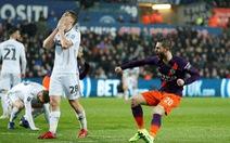 M.C ngược dòng hạ Swansea sau khi bị dẫn 2-0