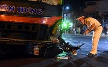 Xe khách tông ngang rồi kéo lê xe máy gần 50m, một người chết tại chỗ