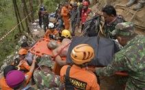 Thảm cảnh của gần 36 người đang kẹt trong mỏ vàng sập tại Indonesia