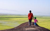 Dừng chân trên đá Voi cha - thần tình yêu ở Yang Tao