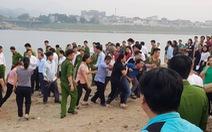 Rủ nhau tắm Sông Đà, 8 học sinh đuối nước thương tâm