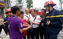Cứu 5 khách Trung Quốc khỏi khách sạn bị cháy ở Hạ Long