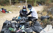 Sinh viên Sài Gòn cùng nhau đi dọn rác