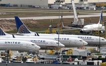 Một máy bay Boeing 787 hạ cánh khẩn cấp do khói trong buồng lái