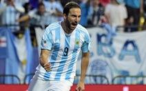 Tiền đạo Higuain giã từ tuyển Argentina