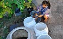 Dời ống nước để thi công, hàng trăm hộ dân mua nước sạch giá 'cắt cổ'