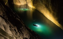 Lặn tìm con sông 'bỗng nhiên biến mất' trong hang Sơn Đoòng