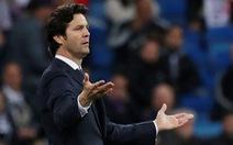 CĐV Real Madrid cầu cứu 'người đặc biệt' Mourinho